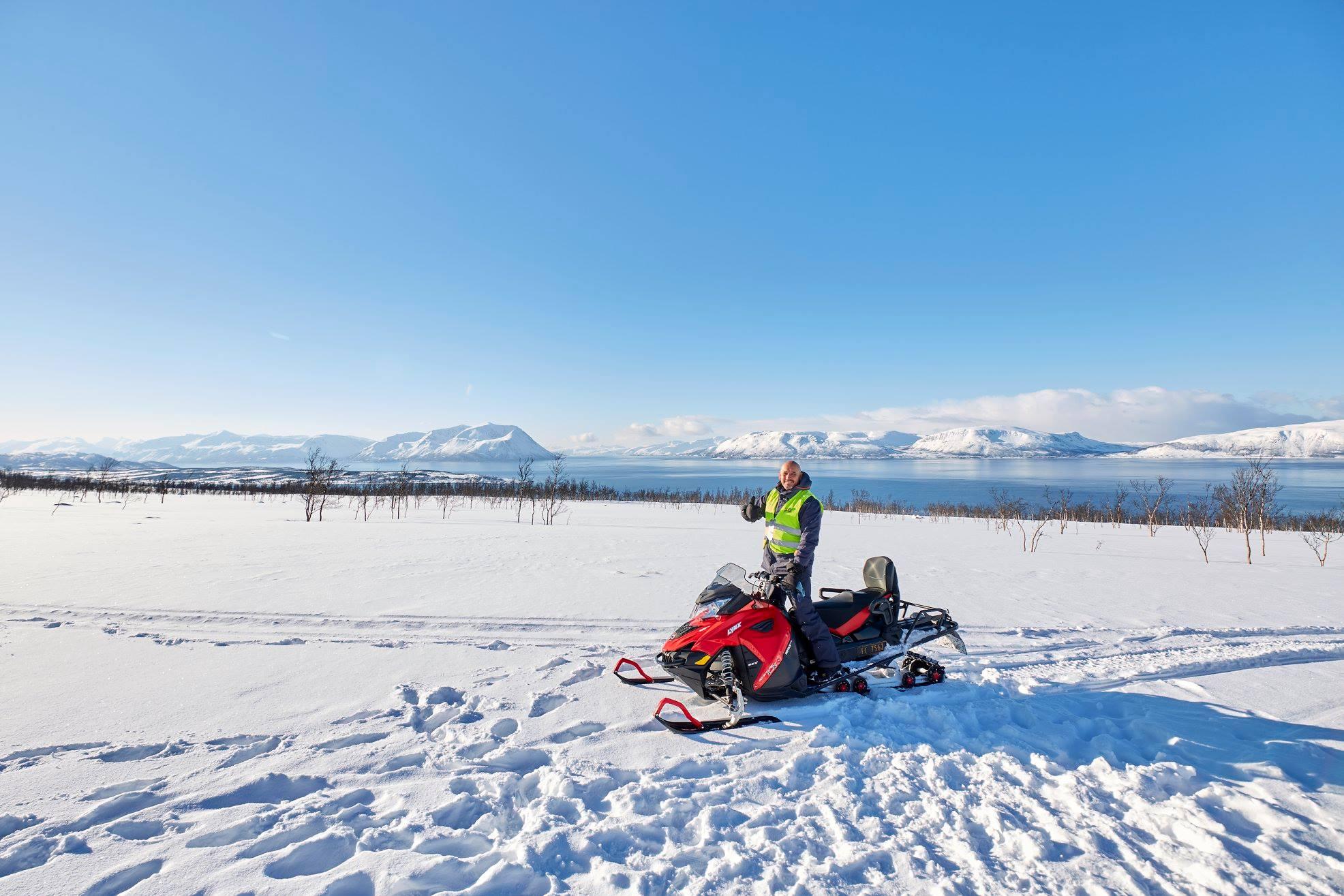 Snowmobile Arctic Cruise In Norway 4.jpg