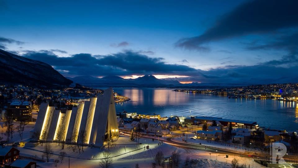 Arctic X - Citysightseeing Church.jpg