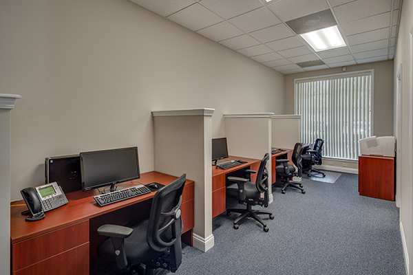 Agent Work Stations - 2.jpg