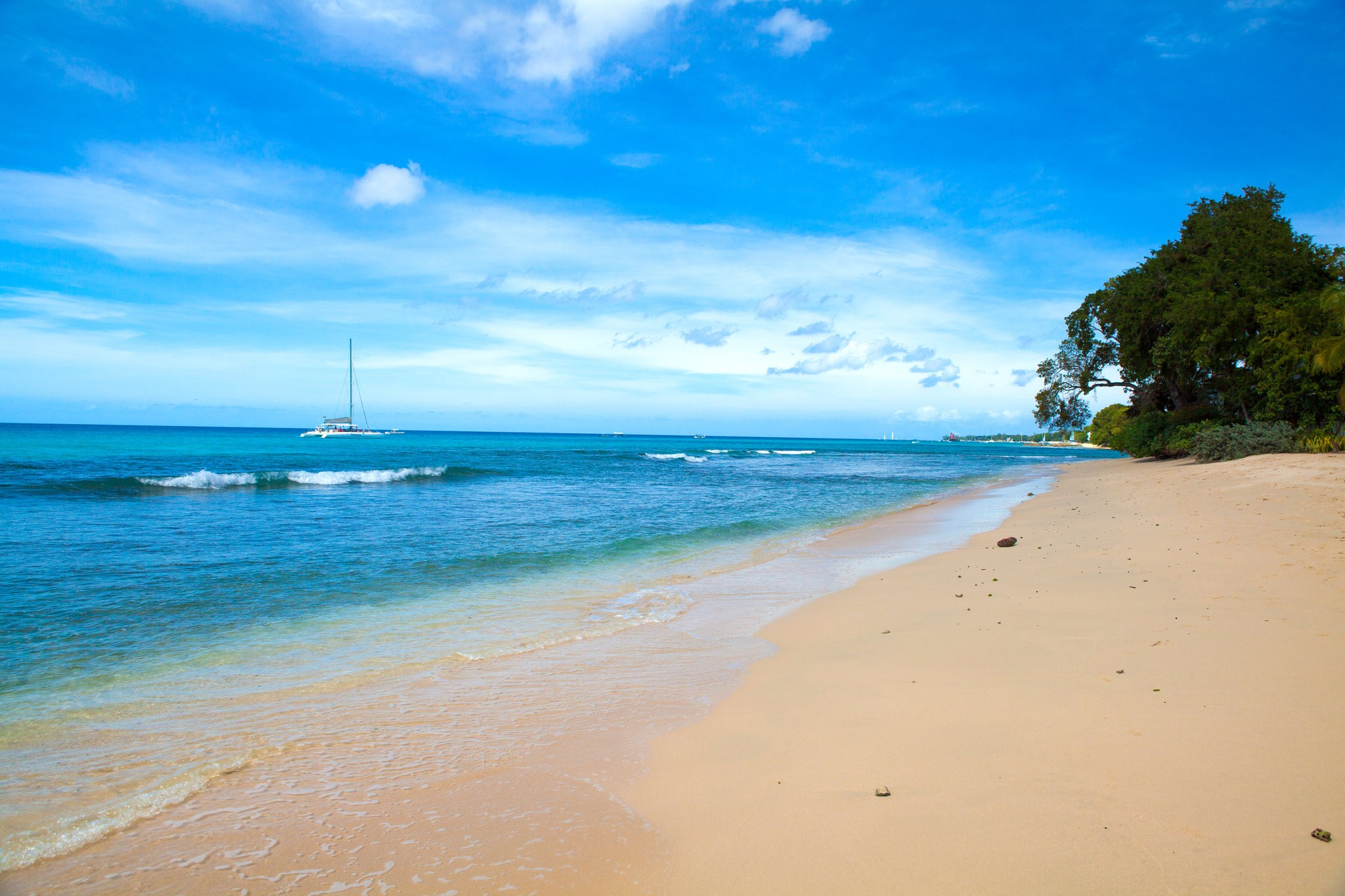 A private beach in Barbados.  Credit Julie Chalbaud for The New York Times
