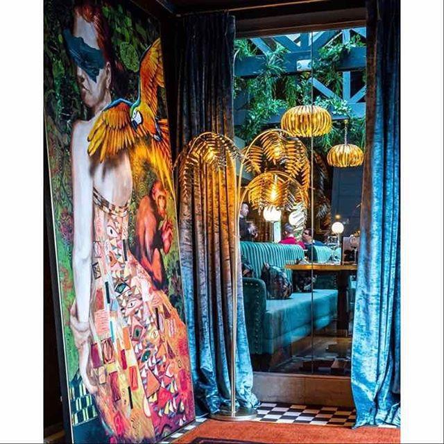 Another image of The Wavendon Arms - our bespoke artwork looking fabulous!  Image from @jmda_ltd_interiors  #restaurantdesign #bardesign #interiorstylists #interiors #refurbishment #bespokeart #artforyourwalls #interiordesign