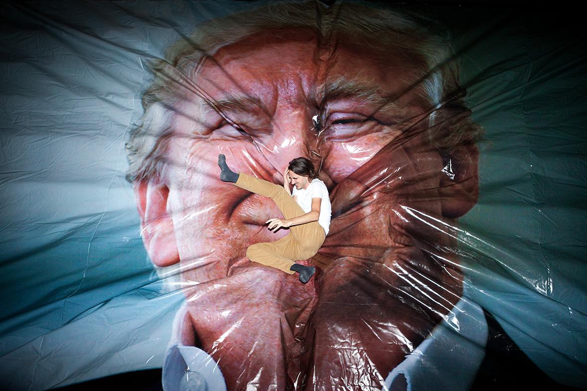 Jump Trump - Erik Kessels