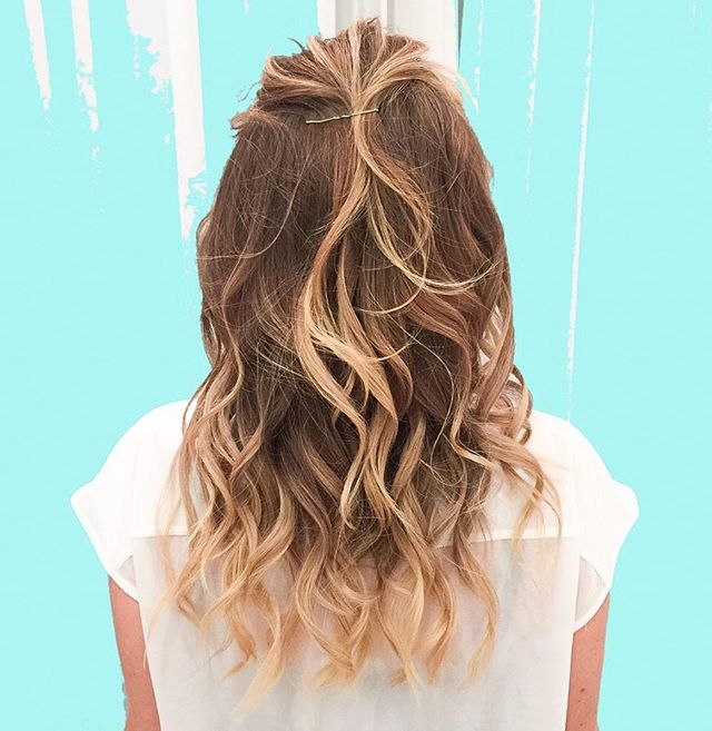 Hair inspo😍 beach babe waves🌊  #mybebar #beyoushinetrue #beachwavesfordays #love #dubai #beachhair #summer #hair #hairstyle
