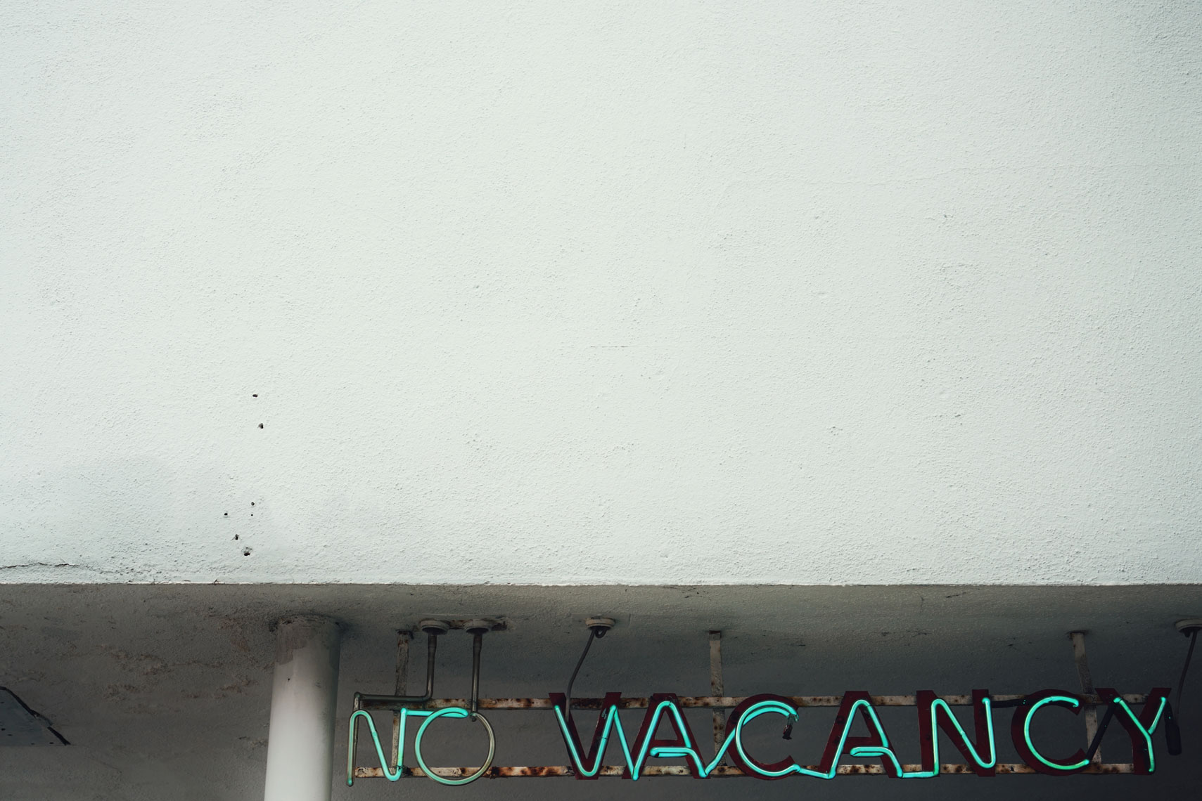 neon-no-vacancy.jpg