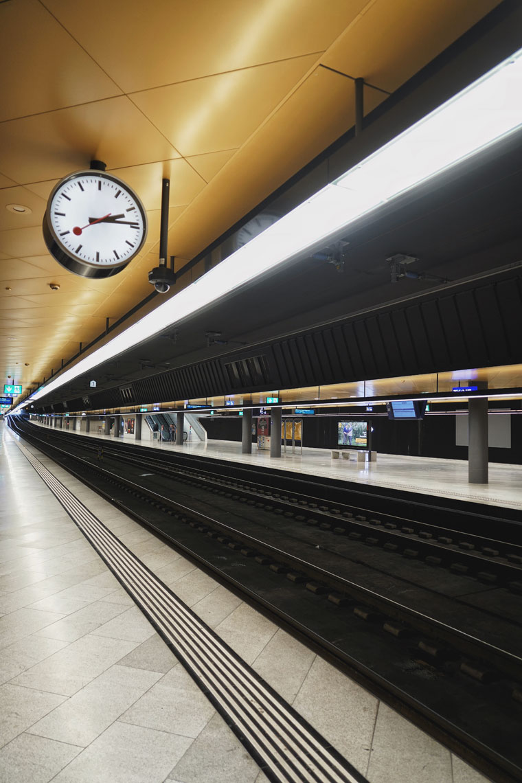 Zurich-train-platform-2.jpg