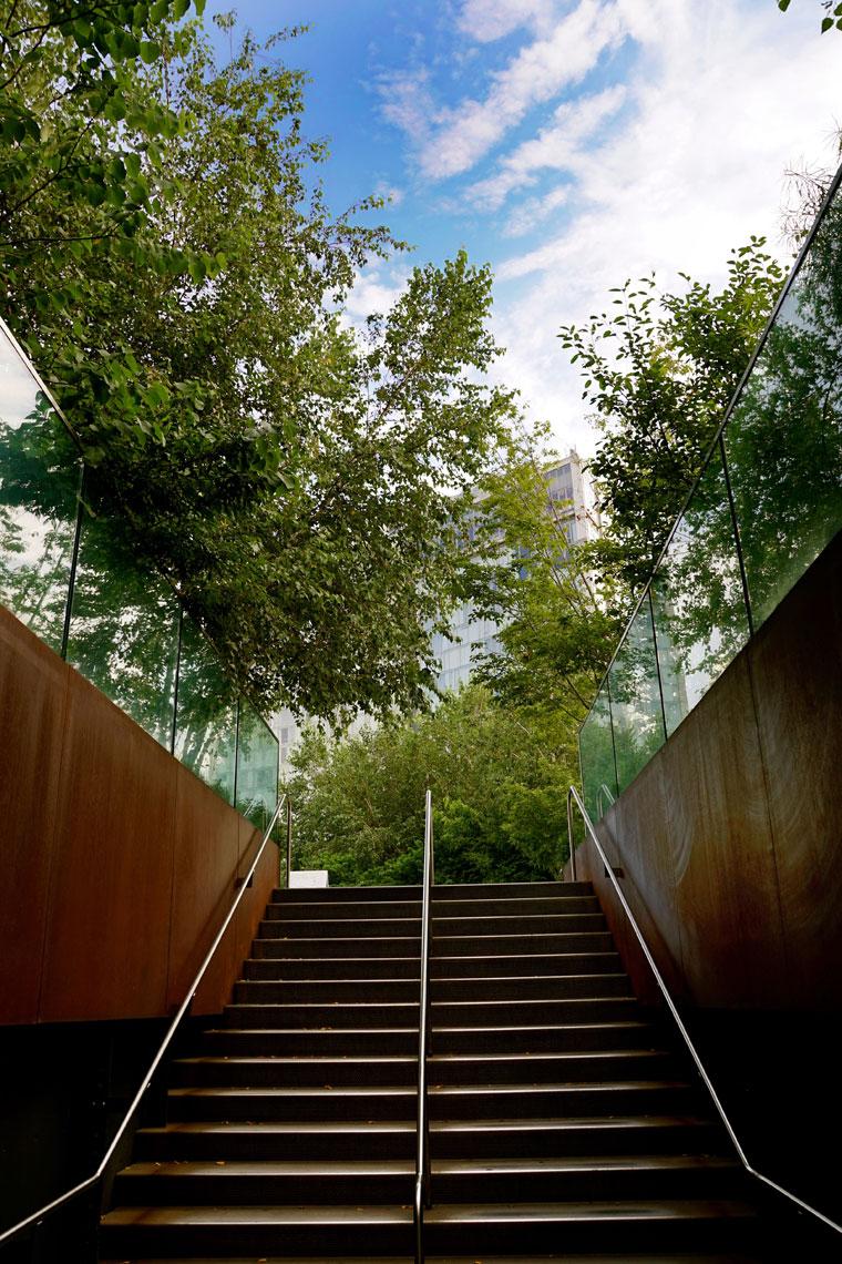 NY-Highline-stairs.jpg