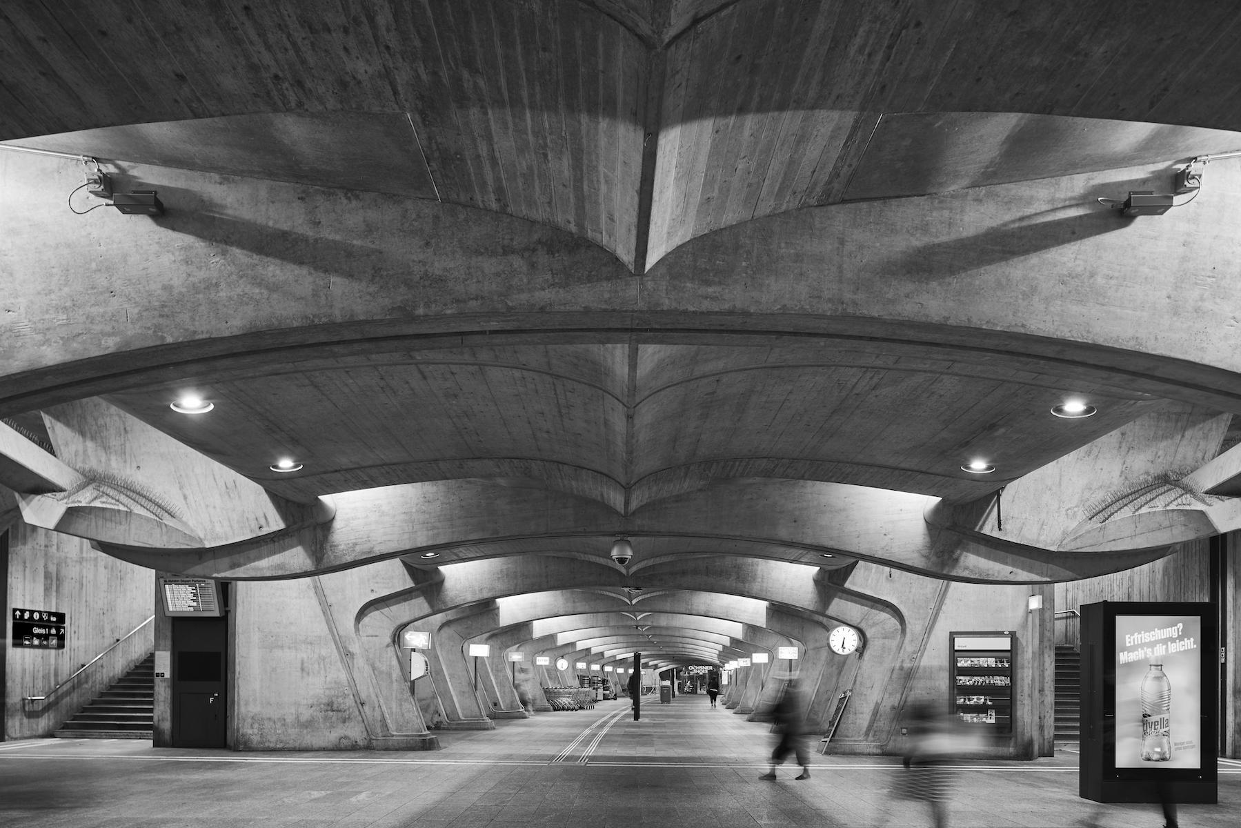 Calatrava Zurich 2.jpg