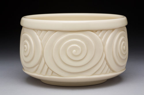 Cylindrical Spinning Tea Bowl - Color: White (Clear glaze)Material: Porcelain