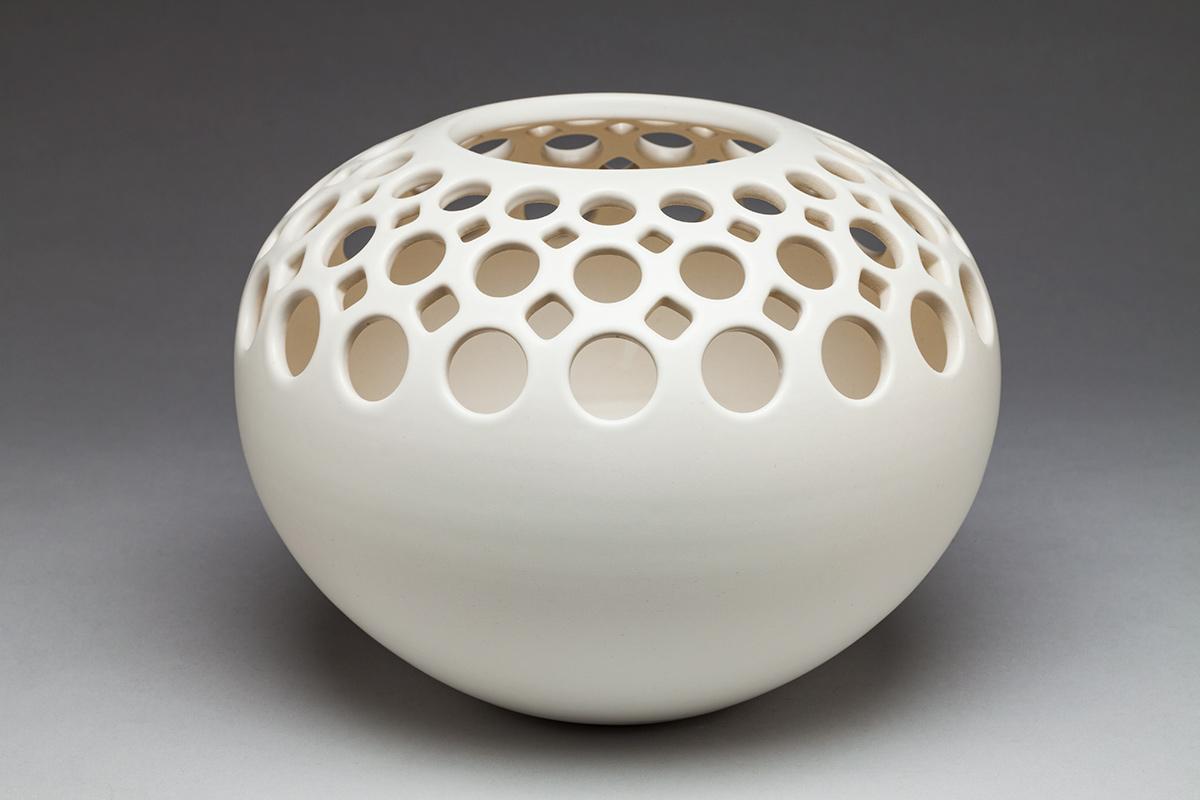Orb Half Pierced Lace Vase - Dimensions: 8
