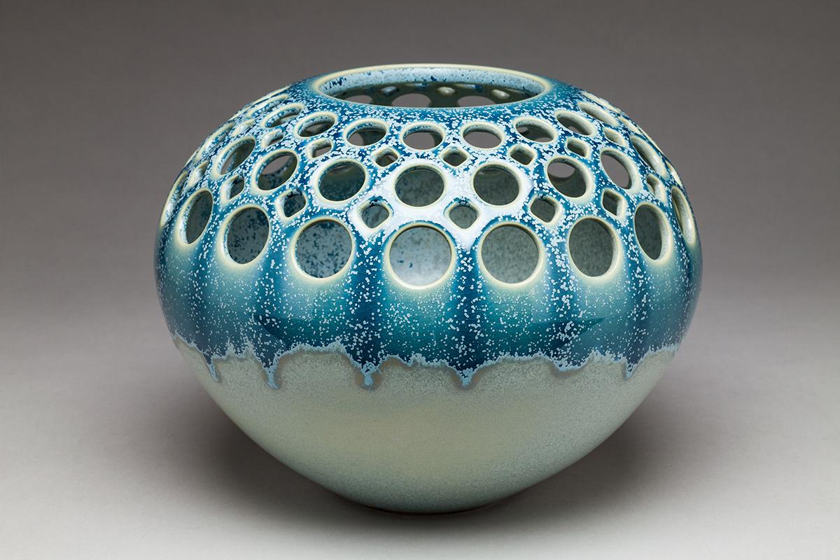 Orb Lace Top Pierced Vase - Dimensions: 8