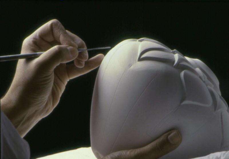 Lynne-Meade-Hands-process-750-sm.jpg