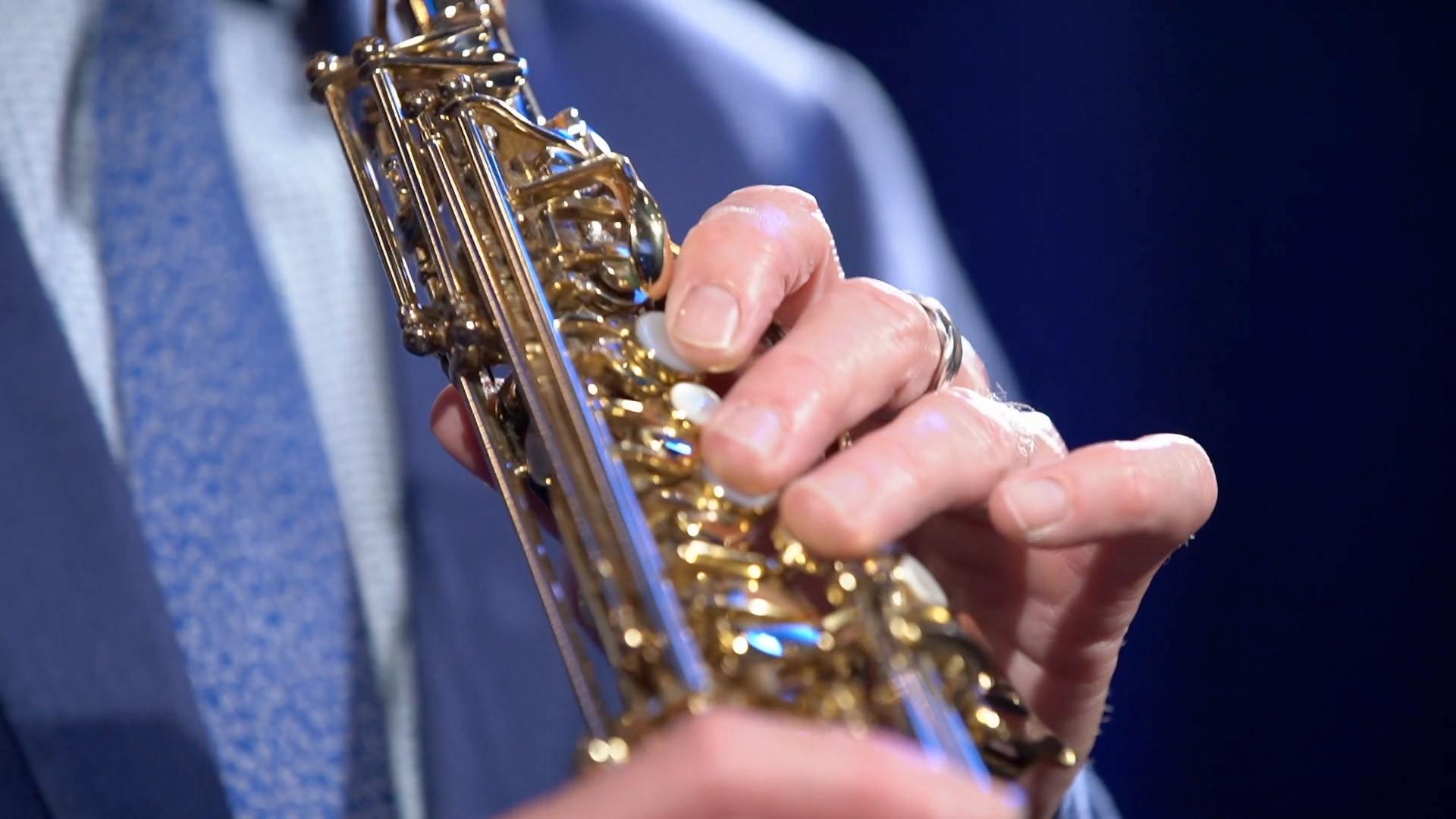 mg jazz club - close up saprano.jpg