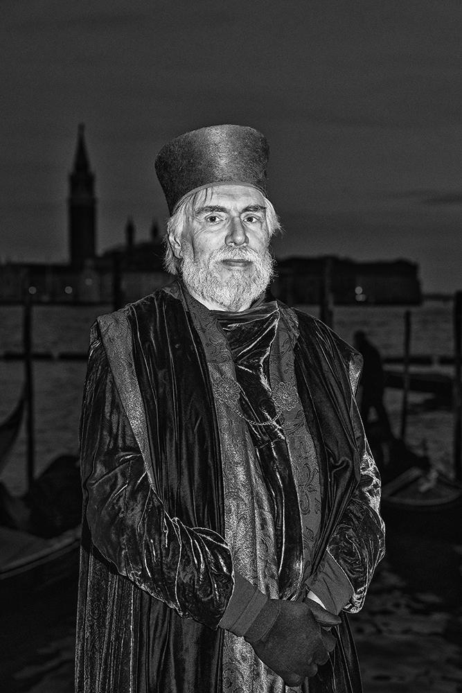 25 - Human Portraiture - finbarr O Hanlon.jpg