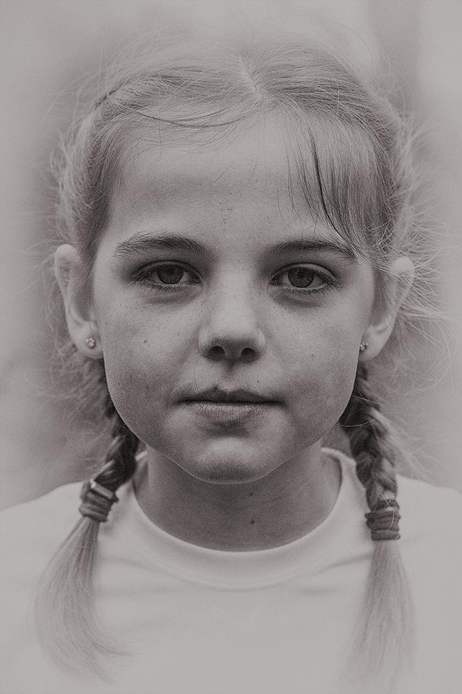 26 - Human Portraiture - Louise Howard.jpg