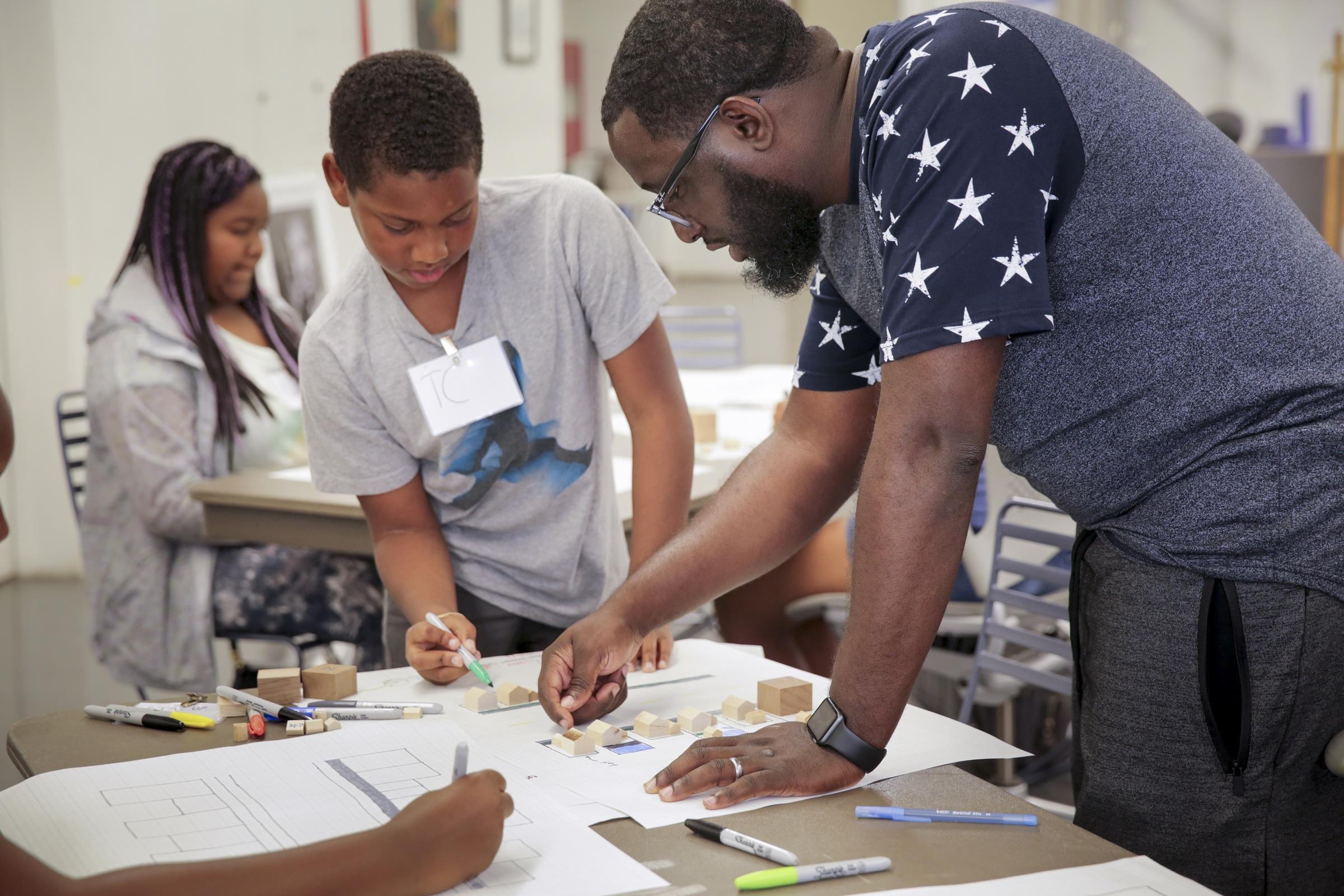 CREATIVE ECO - Creative career institute for future creative pros.Learn more ➝