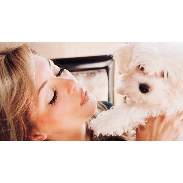 Puppy Love!  #throwbackthursday #eyelashextensions #volumelashes #lashes #throwbackthursday #powderbrow #eyebrows #lashesandbrows #permanentmakeup #lashextensions #chicagobeauty #mascarafree #volumelashextensions #lashesfordays #beautyshot #lashmodel #lashesfordays #model #puppylove