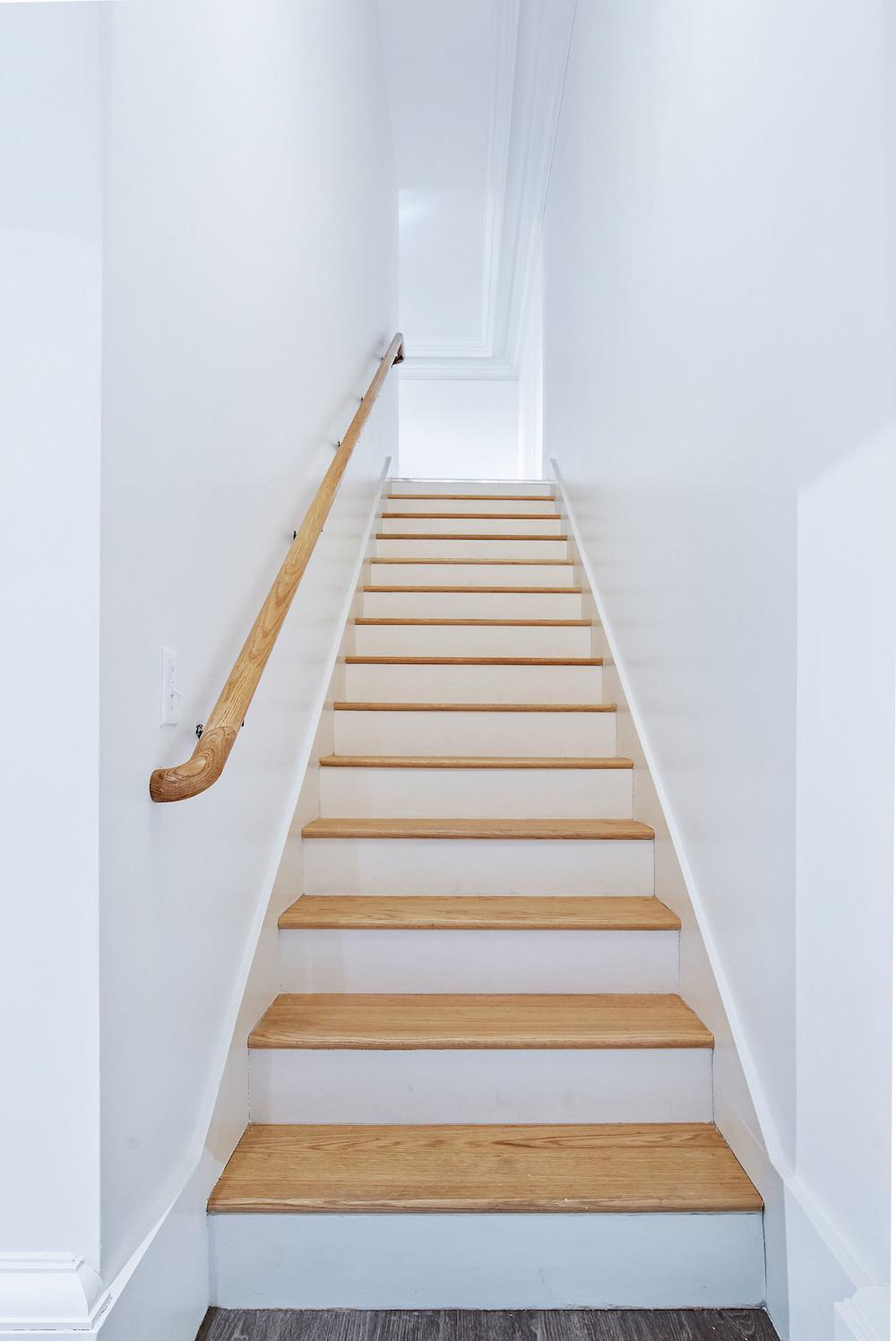 the-telephone-building-providence-rhode-island-luxury-loft-staircase.jpg