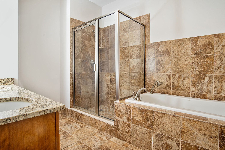 the-telephone-building-providence-rhode-island-luxury-apartment-bathroom.jpg