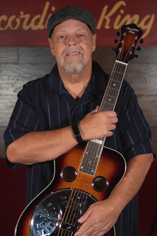 Phil Leadbetter plays the RR-75PL