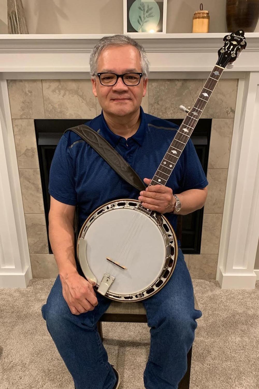 Randy Escobedo Plays the M5