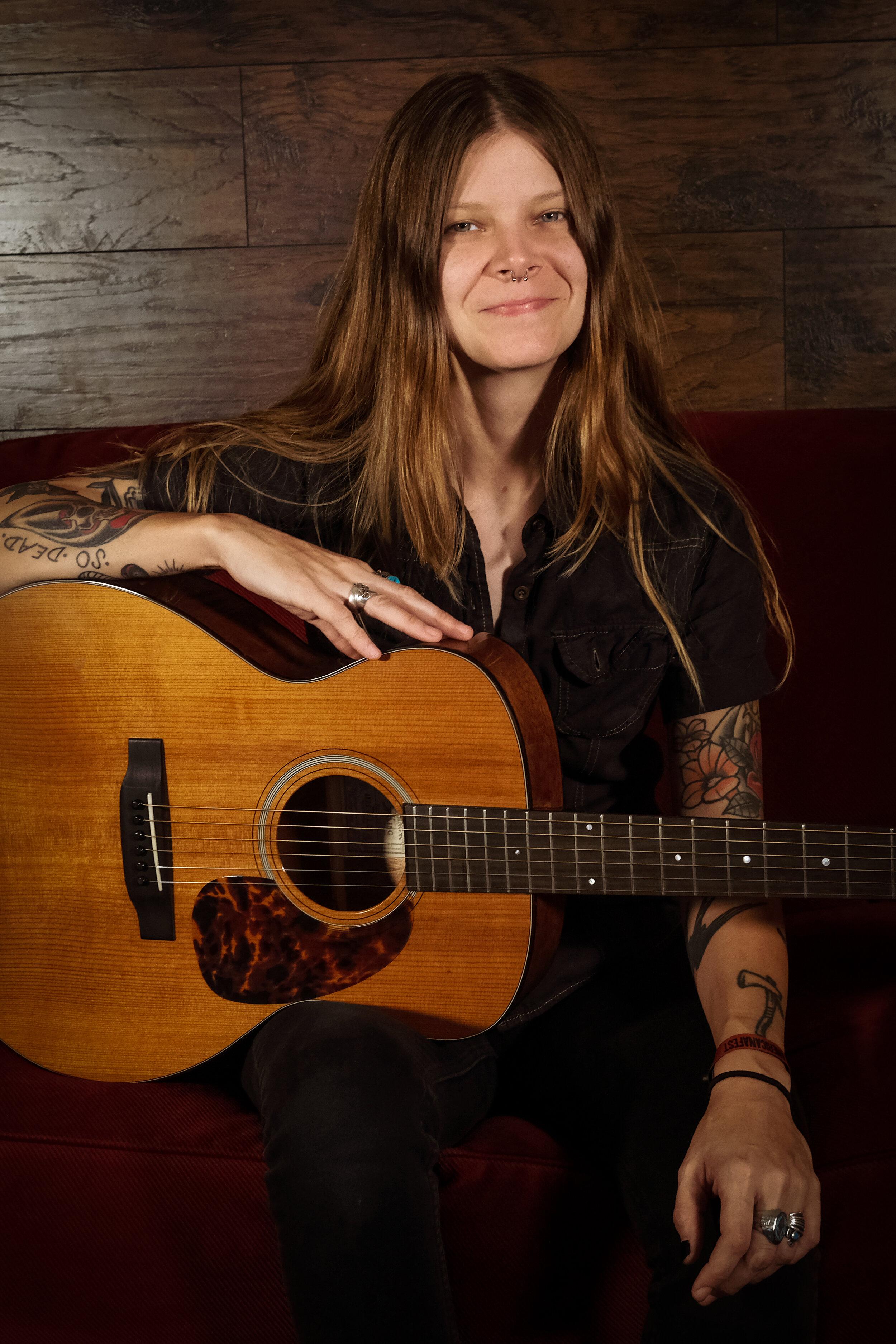 Sarah Shook plays the RO-T16