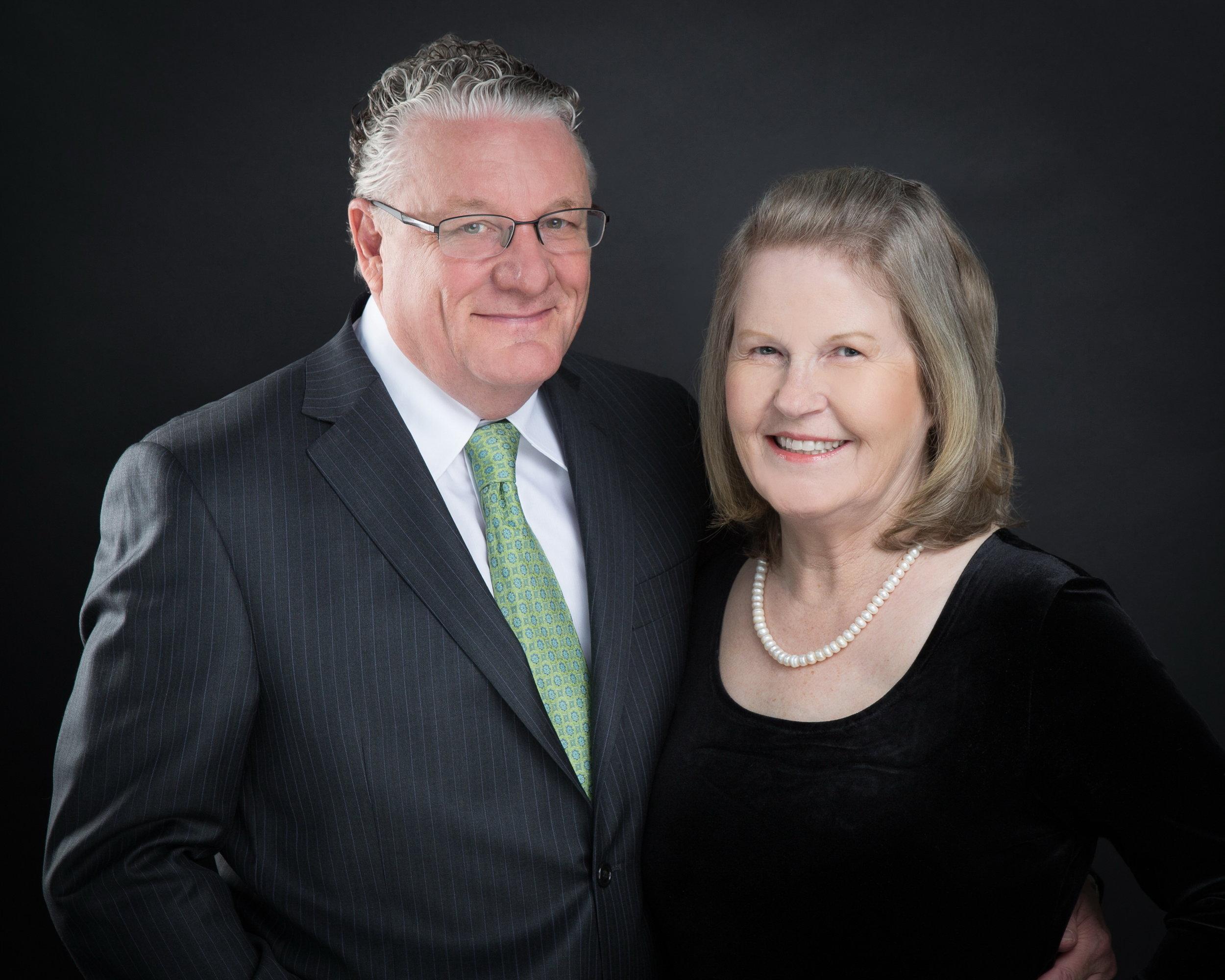 Professor David Maidment (1968-70) and Dr Helen Maidment, illustrious College House benefactors.
