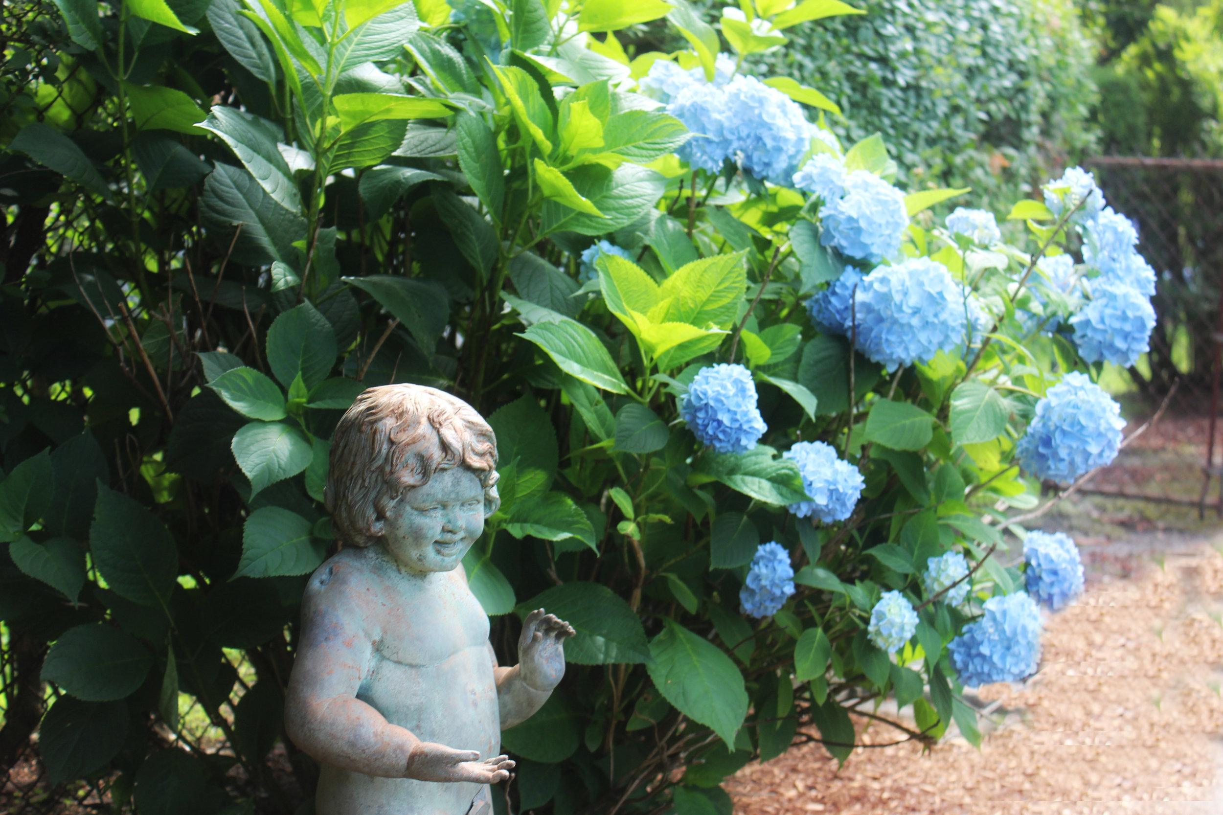 la-farge-perry-garden-6 (1).jpg