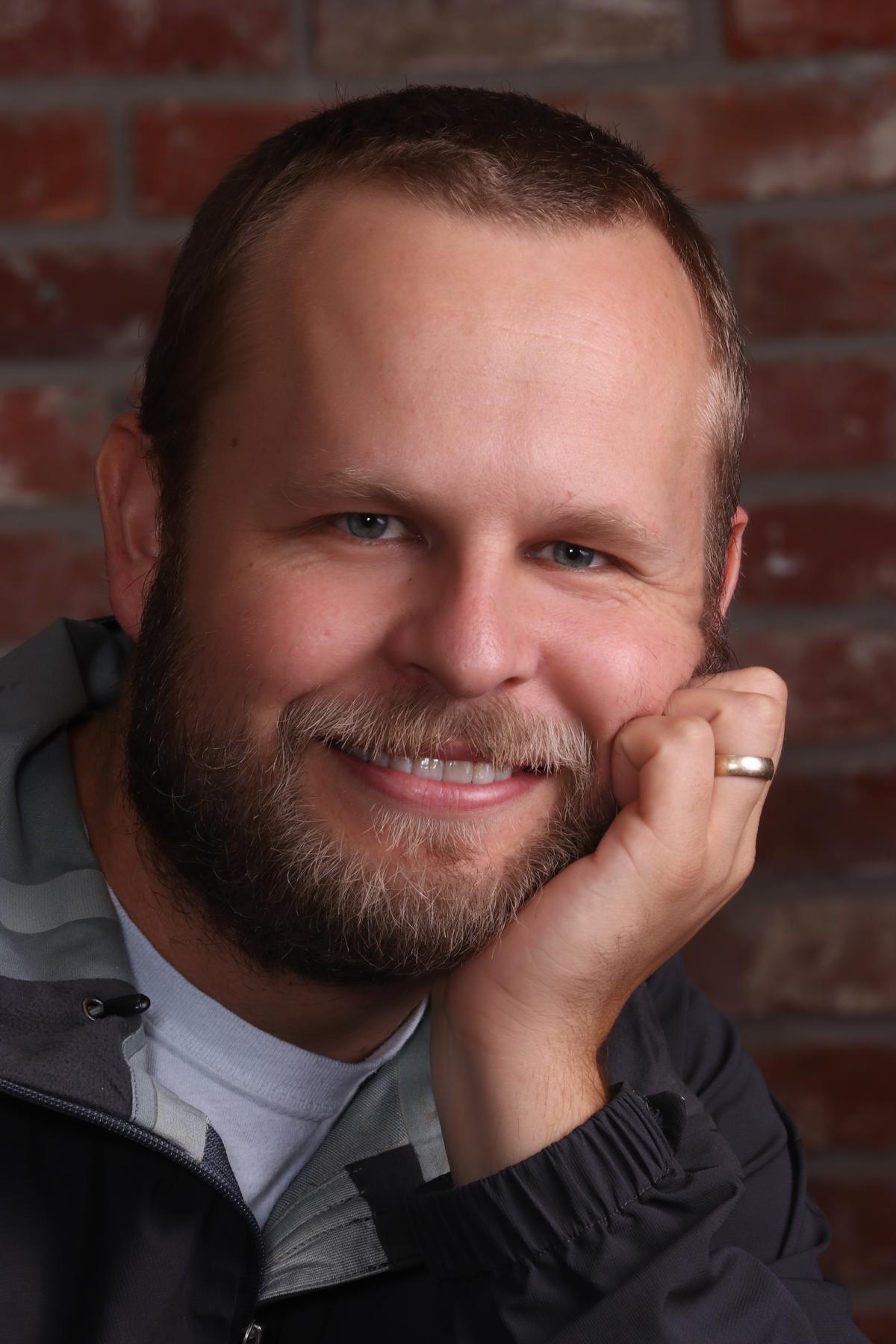 Derek M. Hinckley (Professor Willard)
