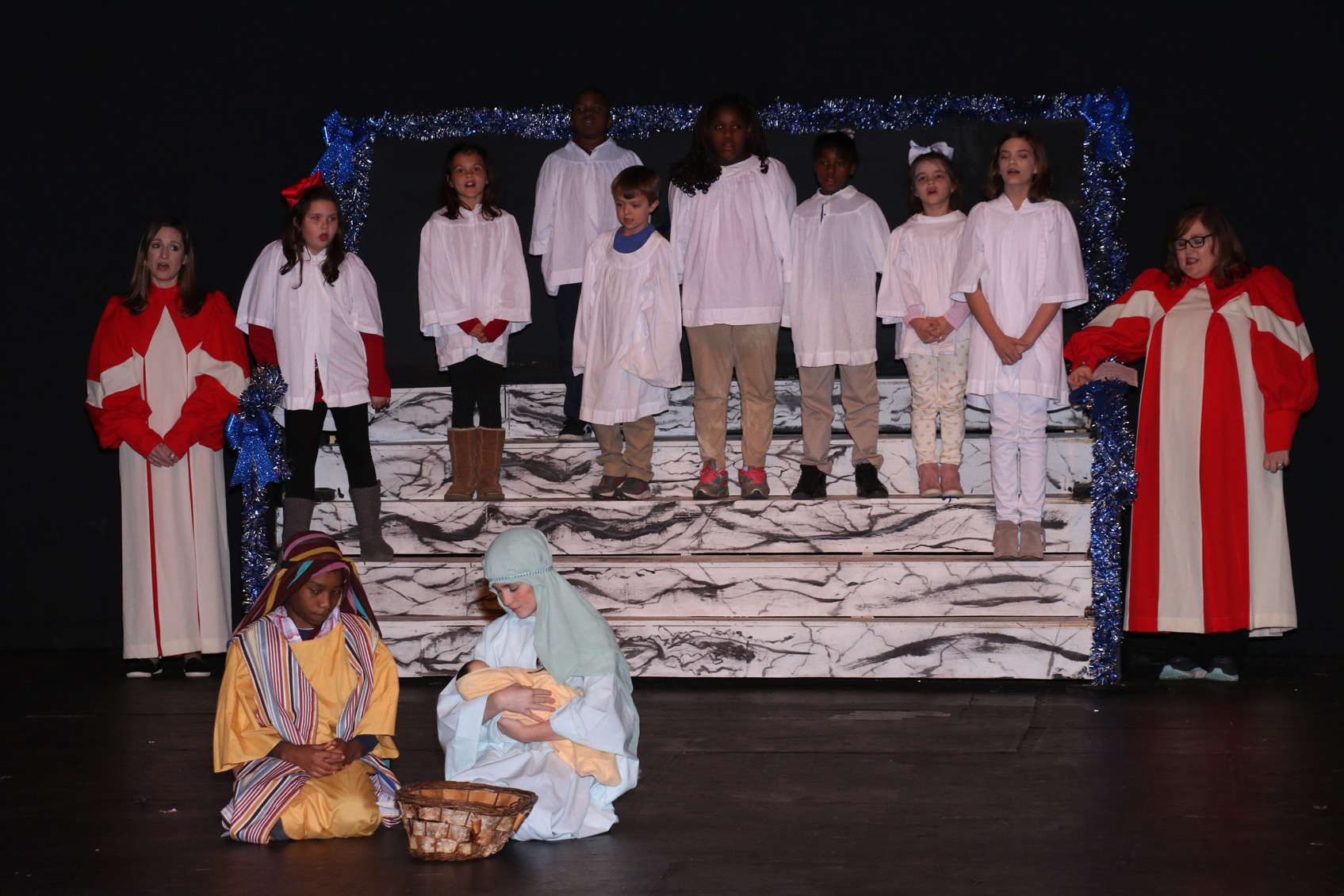 The Best Christmas Pageant Ever - By Barbara Robinson