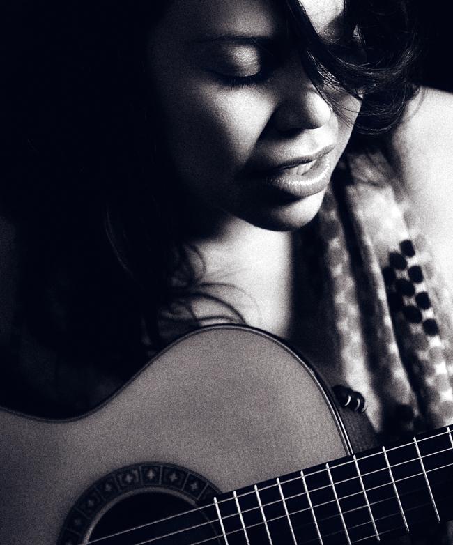 Angelene_Guitar.jpg