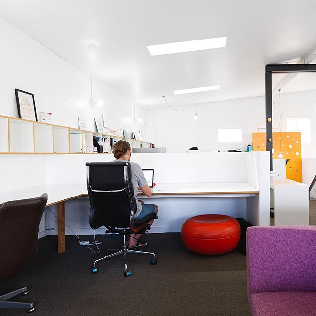 The ideal hot desk scenario for a short term solution to your work space and office needs. Contact us for our 10 day per month package. . . #hotdesk #studio #space #desk #australiast #camperdown #newtown
