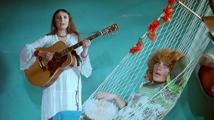 Agnes Varda's One Sings, the Other Doesn't