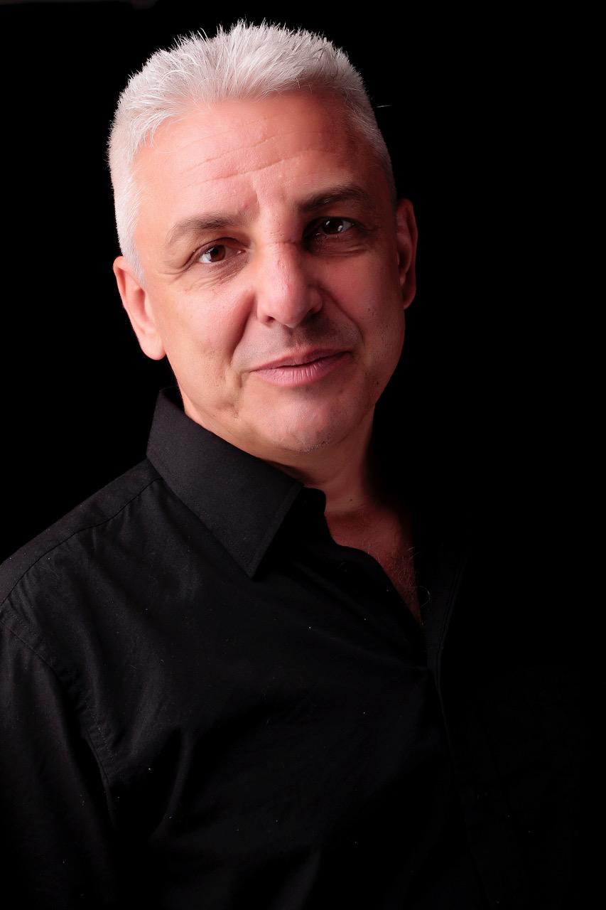 Holger (Founder & CEO)