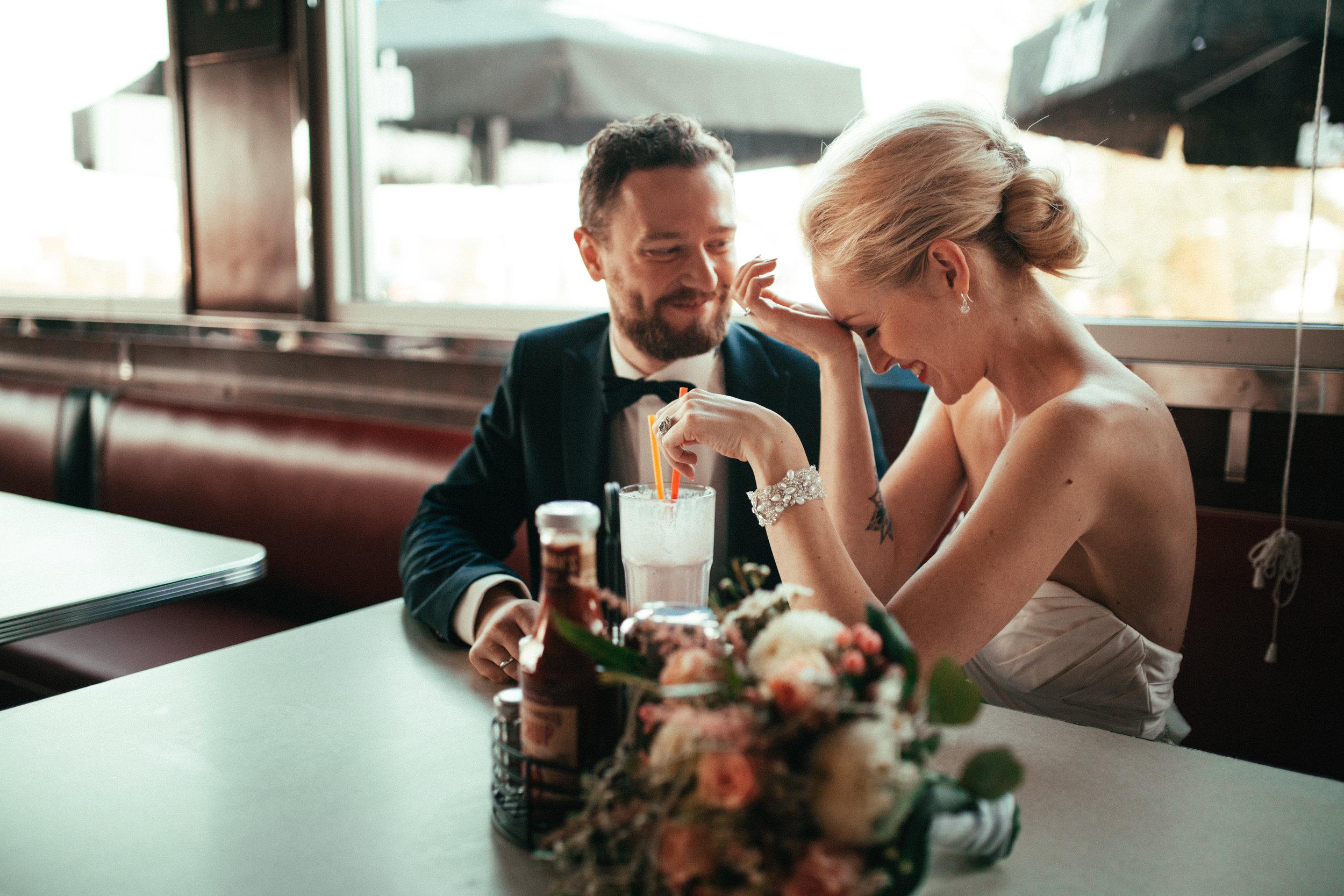 0161 - Dressed in White - Hochzeitsfotograf Berlin.jpg