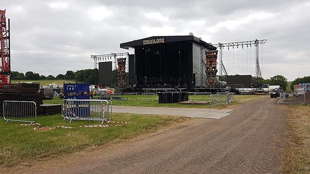 #DownloadFestival was just one of the many festivals we have been to so far this summer 🤘🏻 . . #download #downloadfestival2018 #downloadfest #doningtonpark #festival #summer #gunsnroses #ozzyosbourne #marilynmanson #bulletformyvalentine #logistics #logisticsteam #logisticsmanagement #courier #delivery #instapicture #instapicoftheday #instagood #instapic