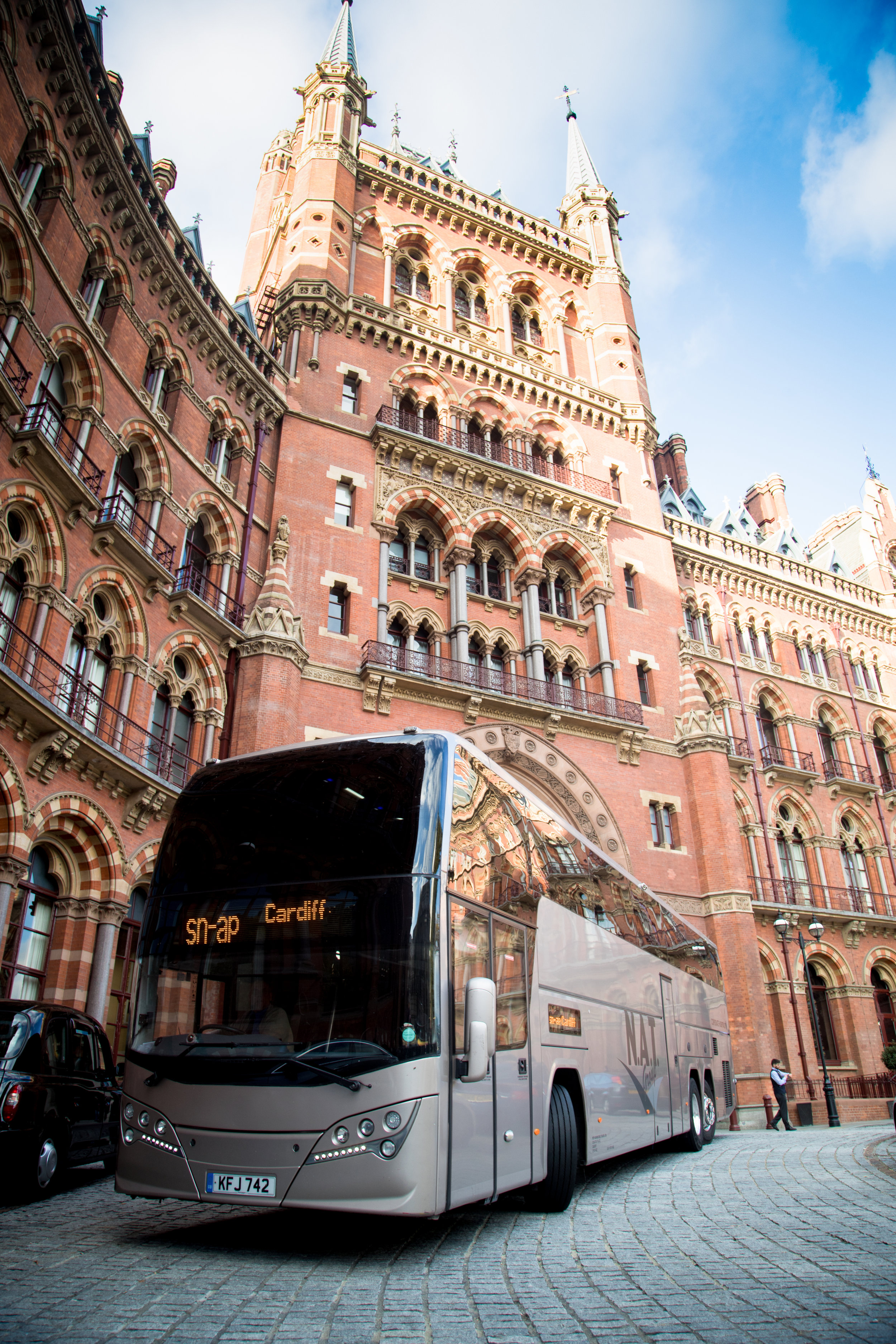 Tell us the trips you want to run - And what coaches you have available to run them?We require from you:- A coach with air conditioning and toilet- Minimum of 48 seats- Meet London emissions standards (Euro5 or Euro6)- Snap Trained Driver and uses the Snap Drivers app- Absolute focus on quality with great drivers and comfortable coaches- An OCRS score that is not redSnap operates a profit share model that allows an operator to keep 100% of ticket revenue until the point at which a coach becomes profitable.