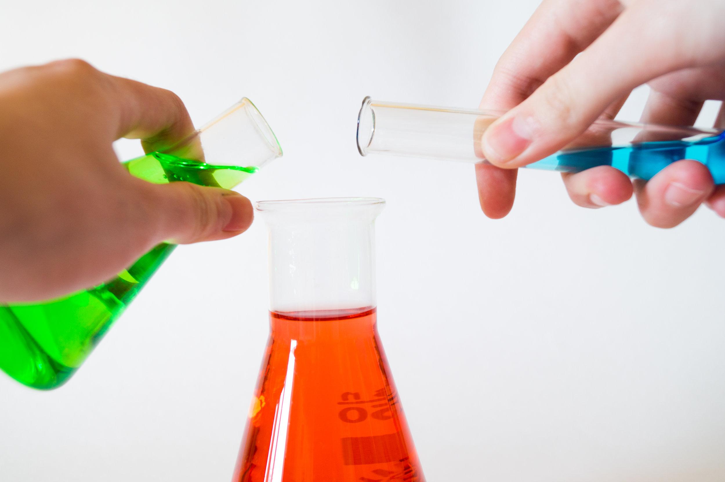 SUBTHEMA's - corrosie en fouling in zeewaterDuurzame chemieEcologisch verantwoorde chemische extractietechniekenEffect van de luchtkwaliteit op de gezondheid en op het comfort van nautisch personeelMilieutechnologie - waterProduct- en procesoptimalisatie in de brouwerijsectorValorisatie van afval- en nevenstromen