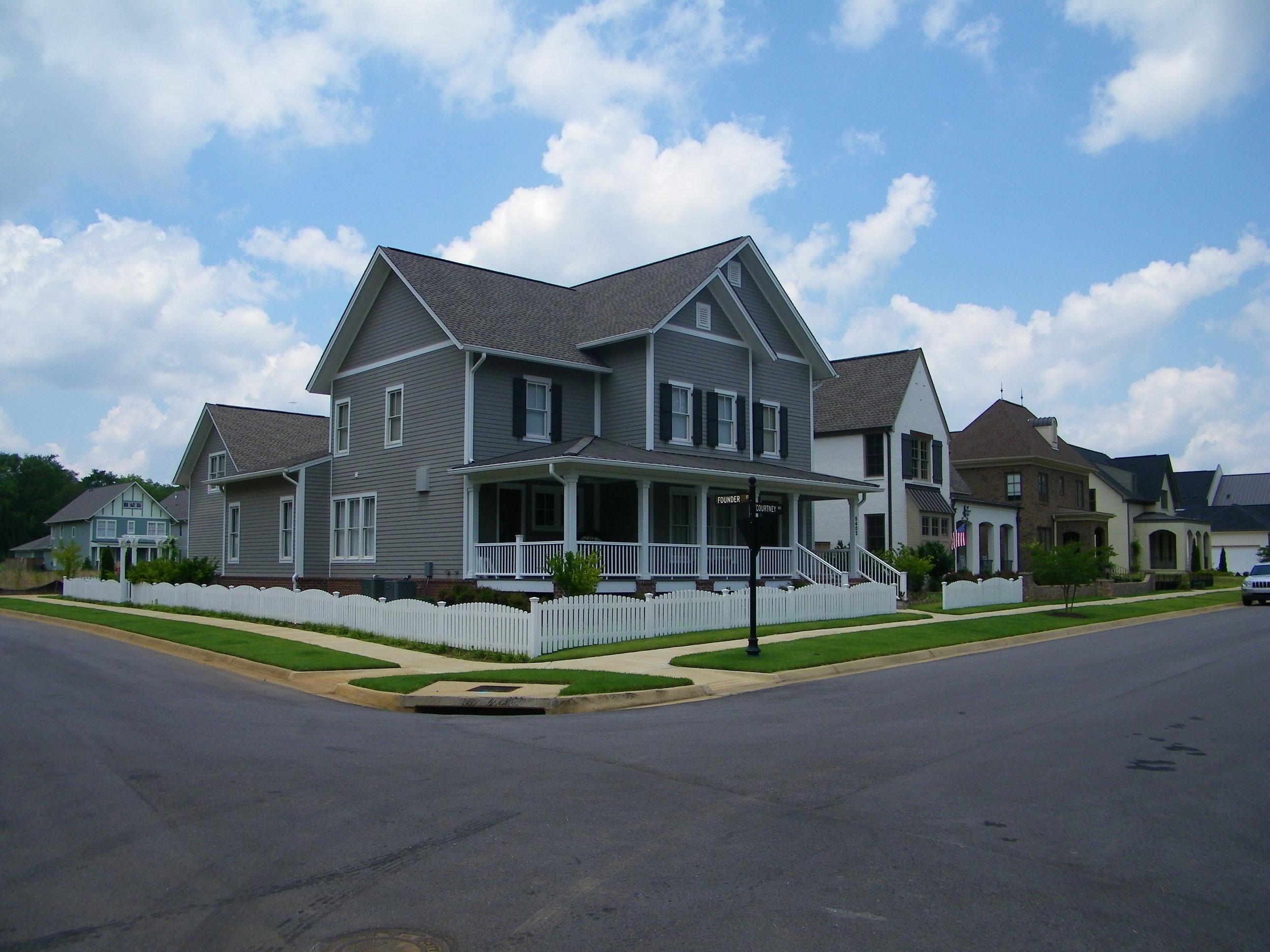Aarons 1st house.jpg