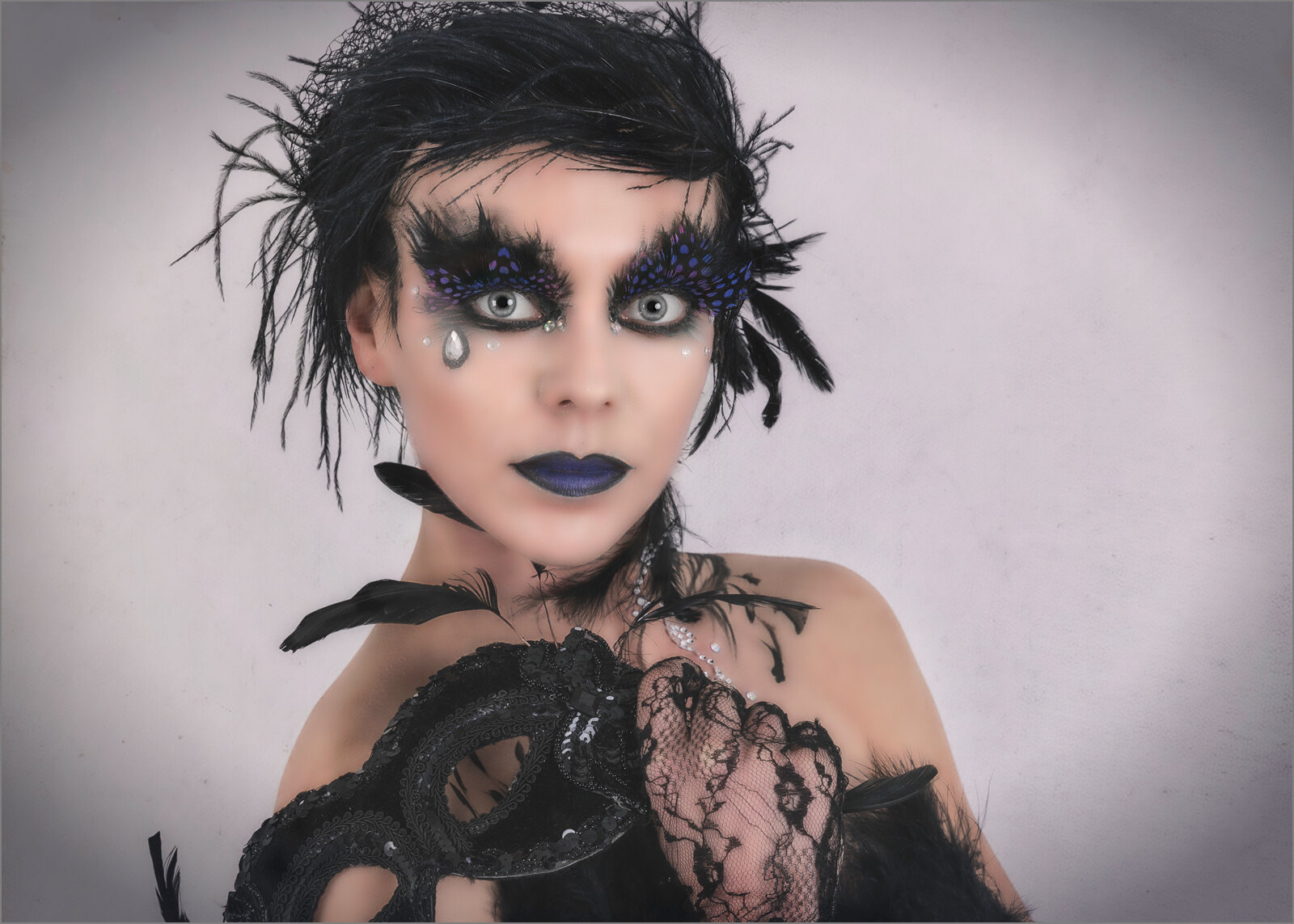 BLACK SWAN - Maurice Young (Best print in Class One)