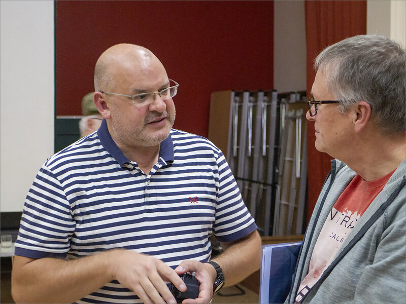 Mark Pain in discussion with NDPS member Pat Stebbings