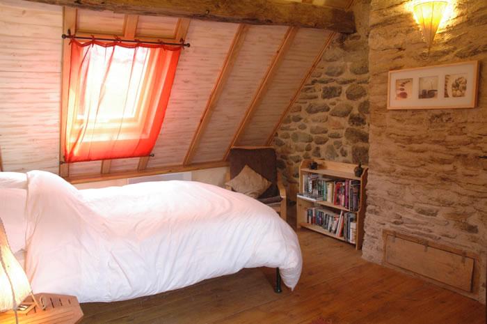 Bedroom2a.jpg