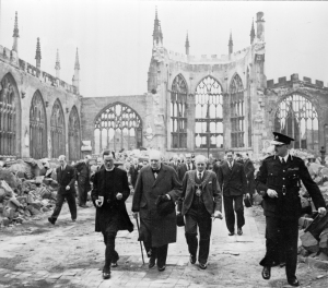 Winston_Churchill_at_Coventry_Cathedral_cph.3a18421-300x264.jpg