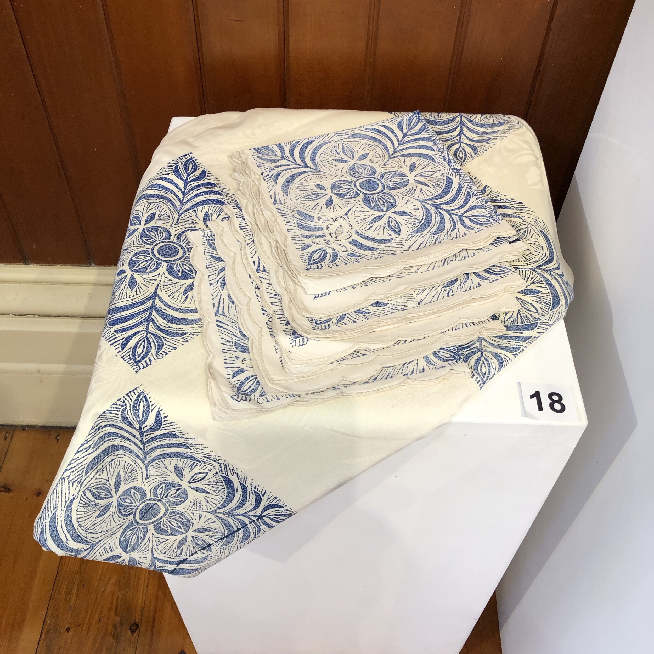 """""""Tablecloth with 8 Napkins"""" by Rosie Lyons"""
