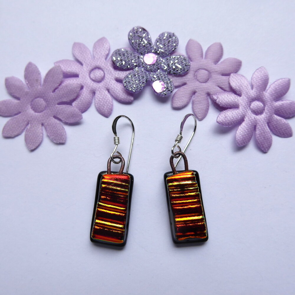 Gold-red textured earrings