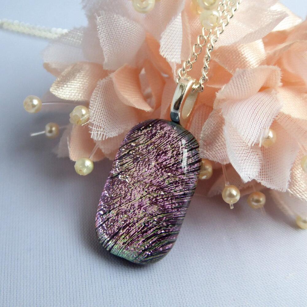 Pink prismatic pendant
