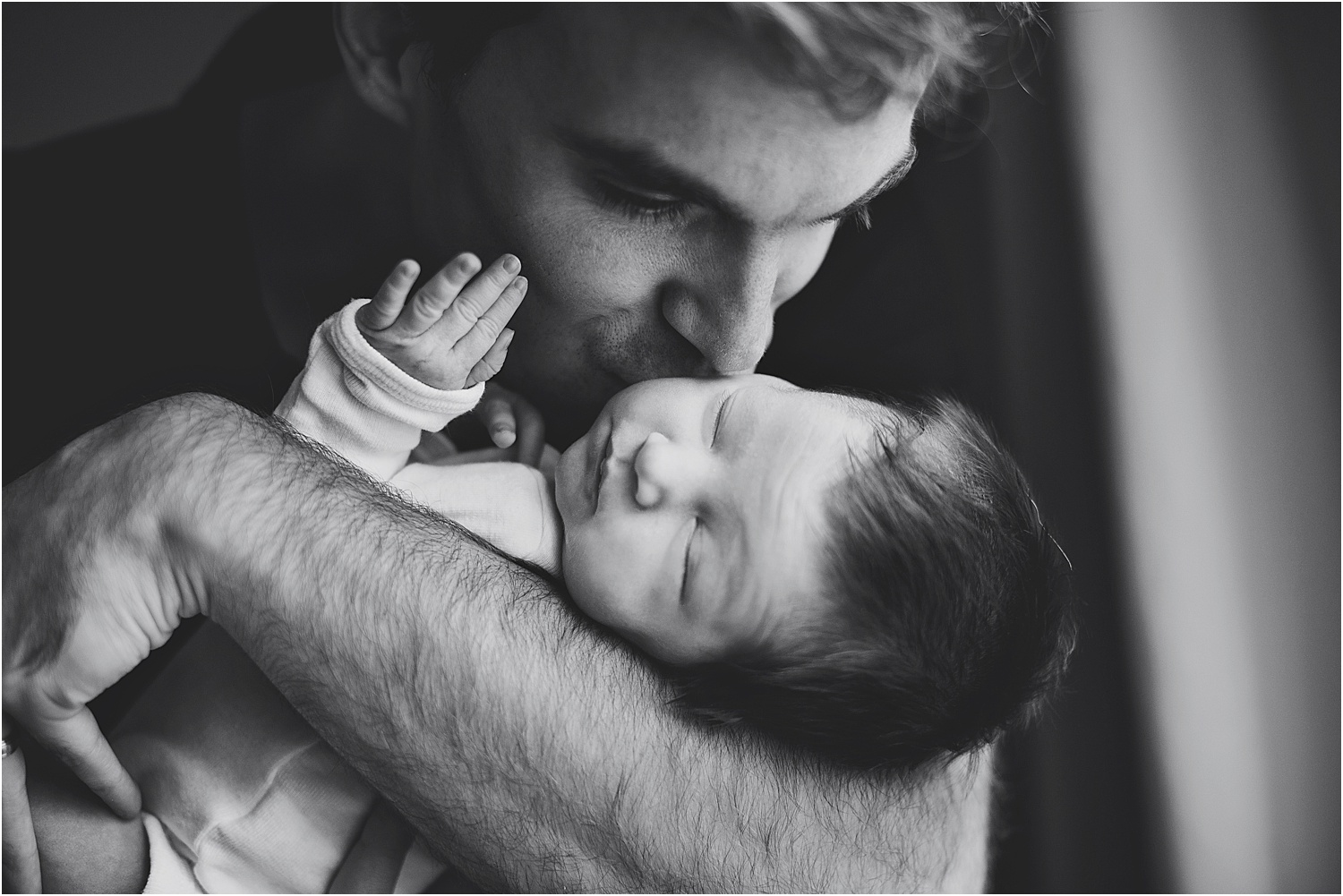 cute dad and newborn photo kitchener