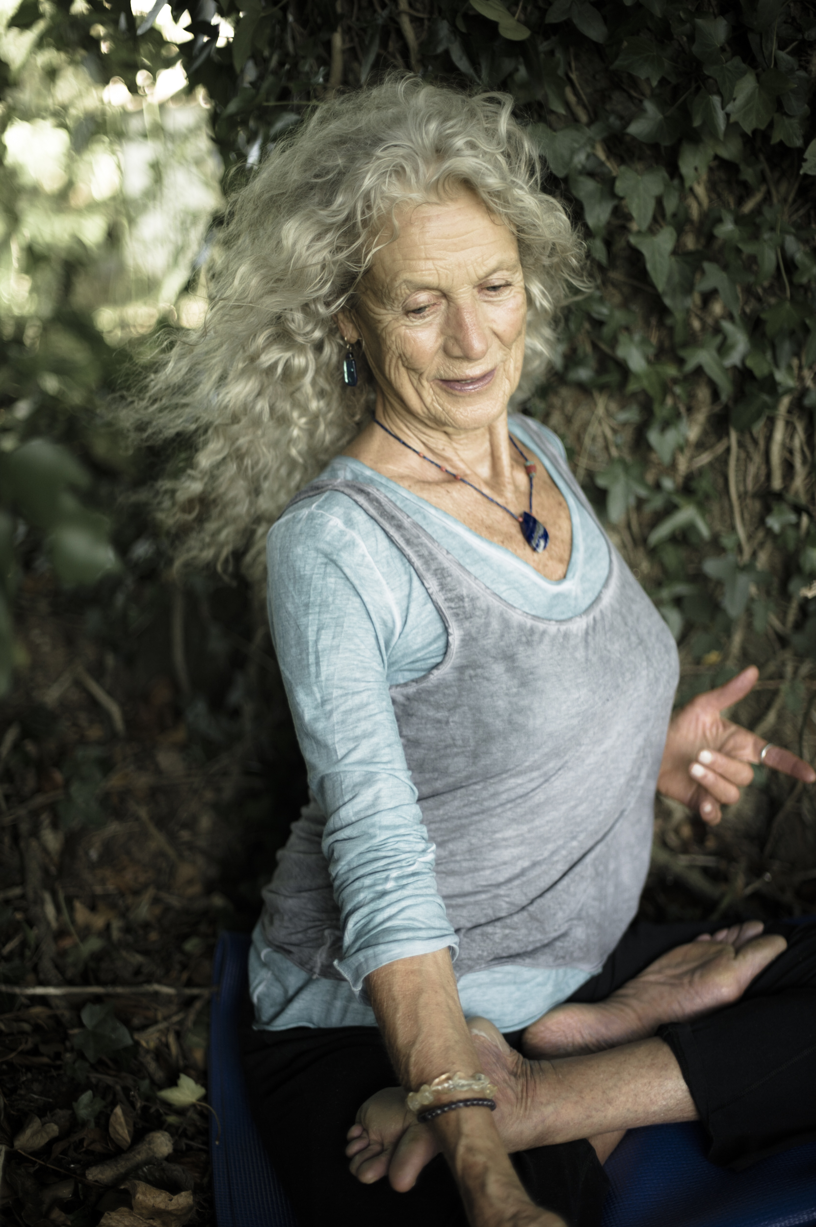 Angela Farmer - Yoga, USA & Lesbos