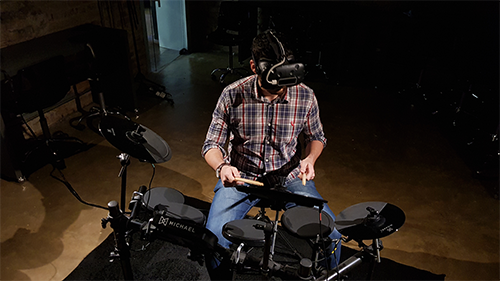 Playing the digital drums with the vr headset