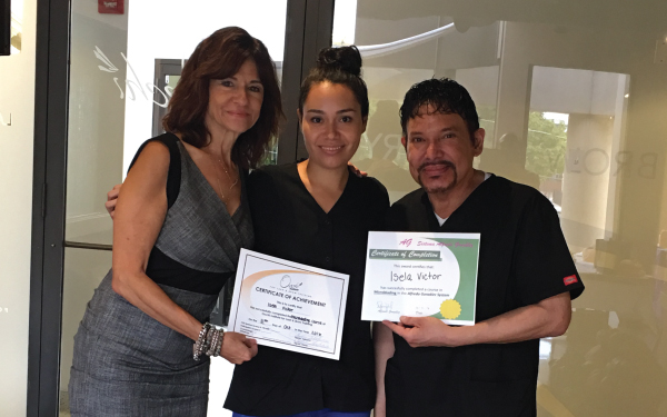 Isela Victor (IL.): Microblading Class - October 2016