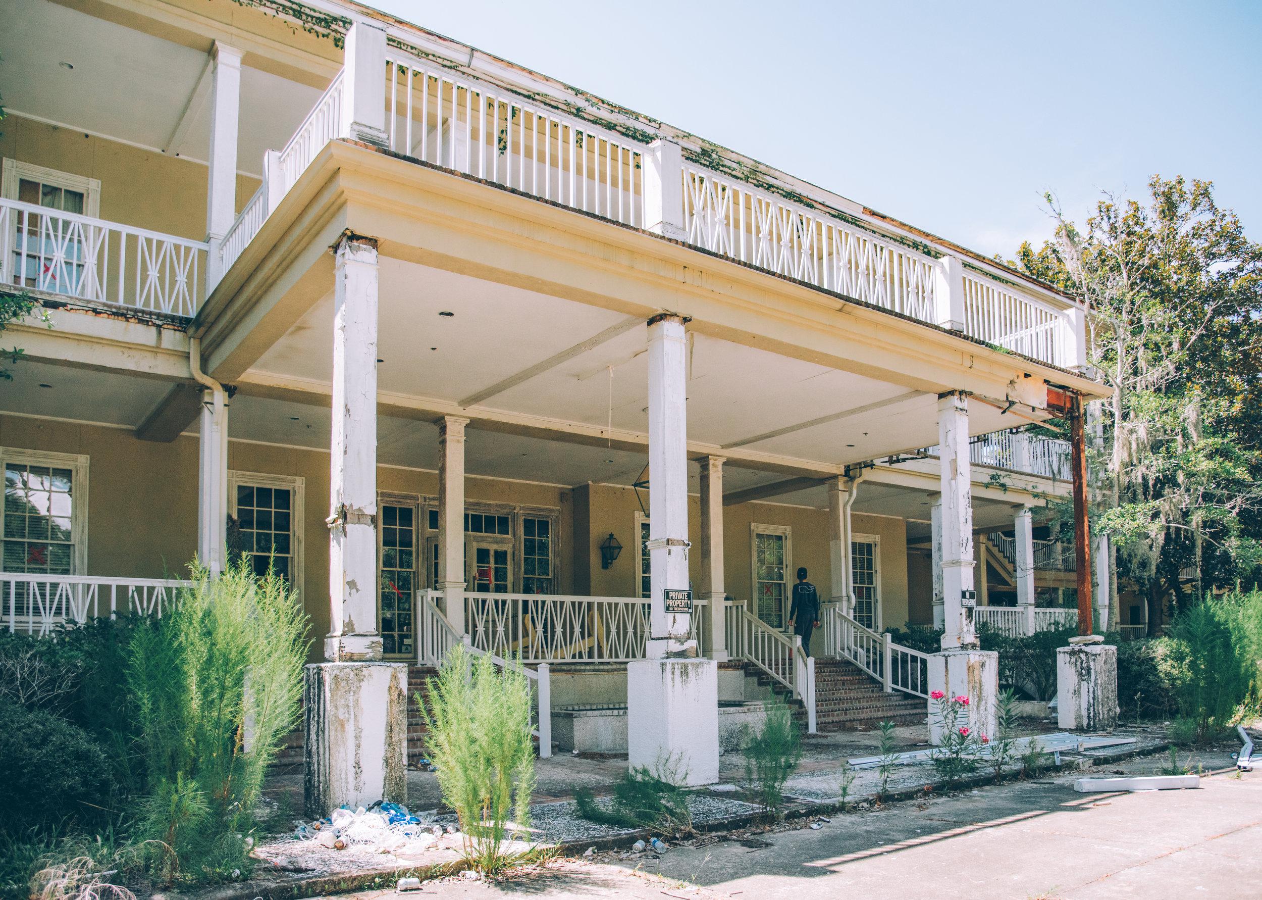 kw-abandoned-hotel-sc-img18.jpg